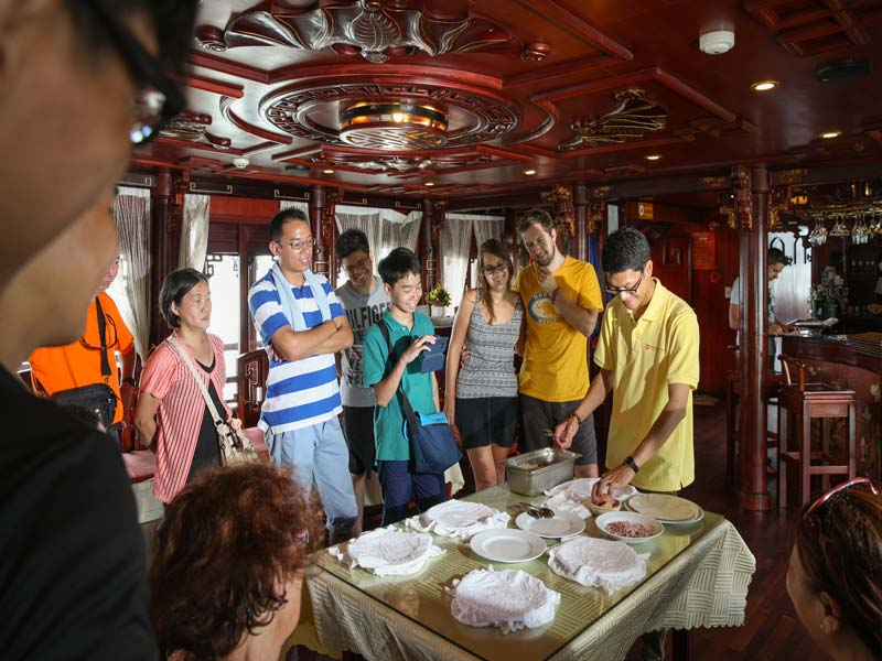 Halong-Royal-Palace-Cruise-Cooking-Class.jpeg