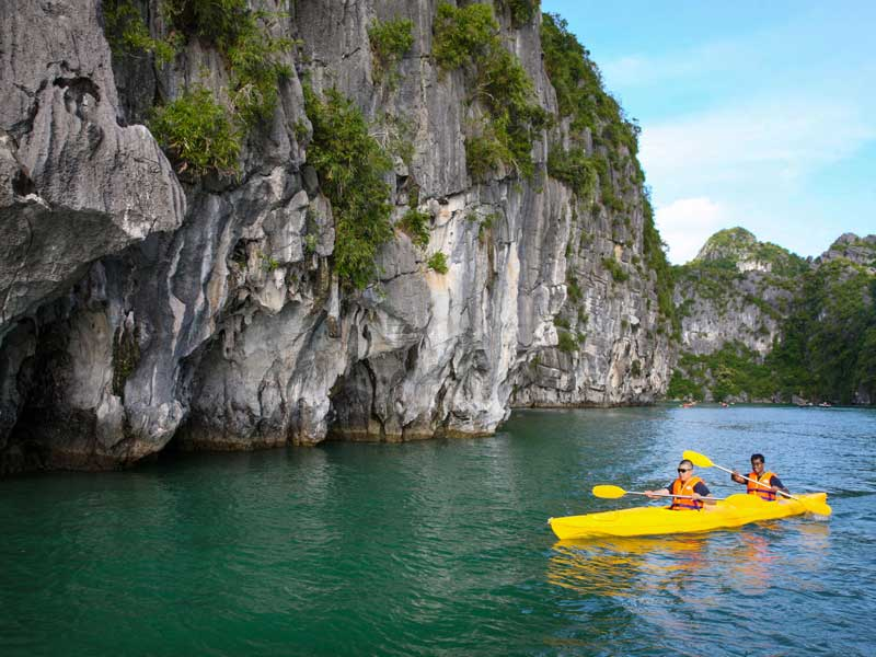 Halong-Royal-Palace-Cruise-Kayaking.jpeg