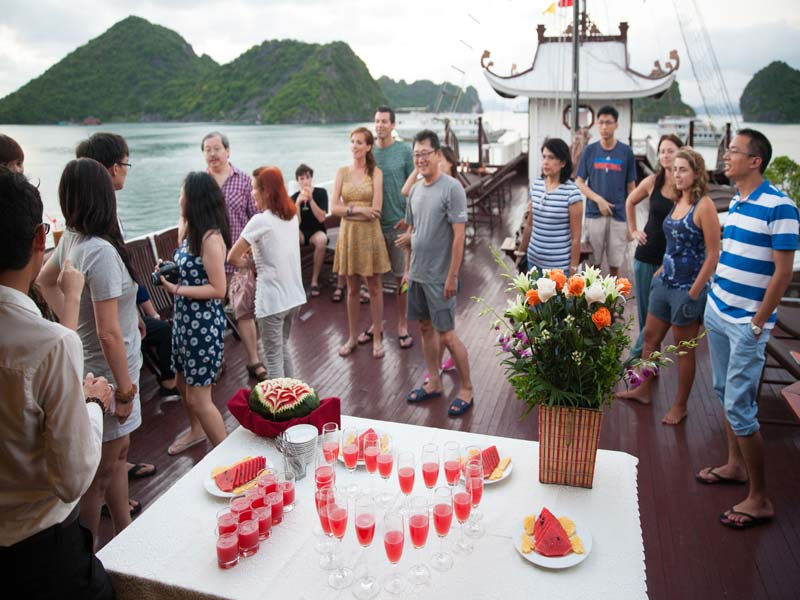 Halong-Royal-Palace-Cruise-Sunset-Party.jpeg