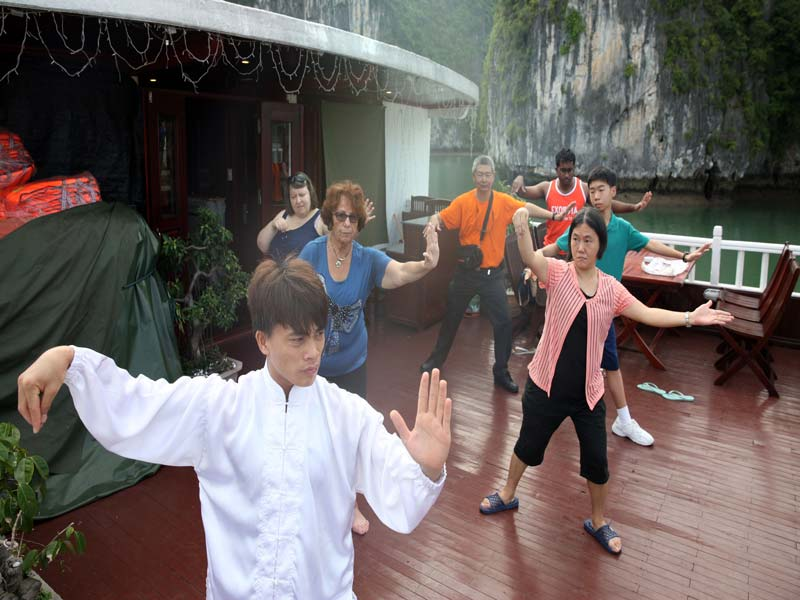 Halong-Royal-Palace-Cruise-Taichi.jpeg