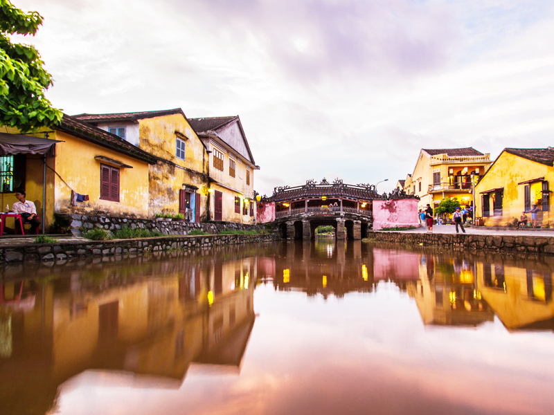 Vietnam tours 12 days Hoi An old town 2.jpeg