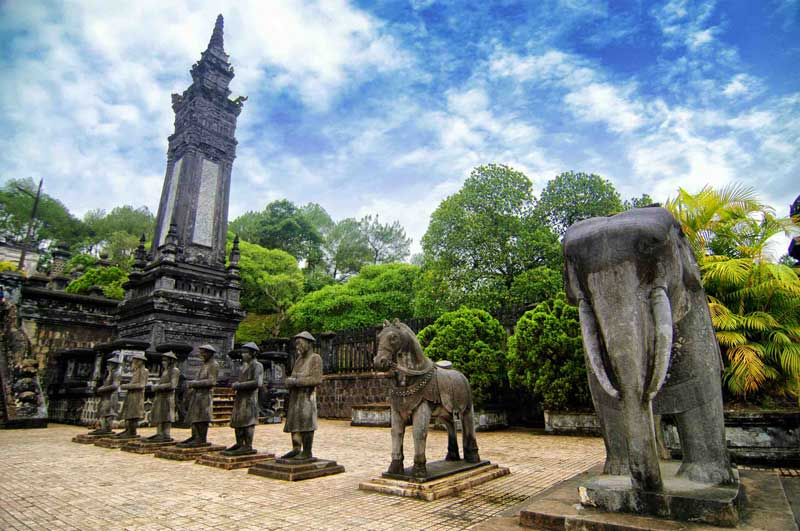Vietnam-Tours-7-Days-Hue