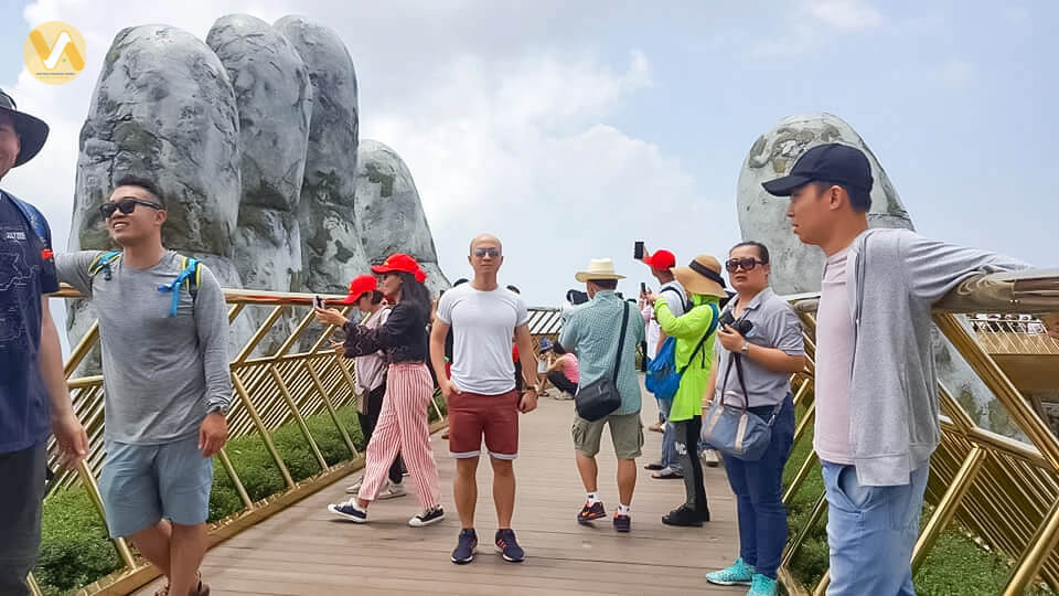 amazing-vietnam-7-days-da-nang-bana-hill-golden-bridge-3.jpeg