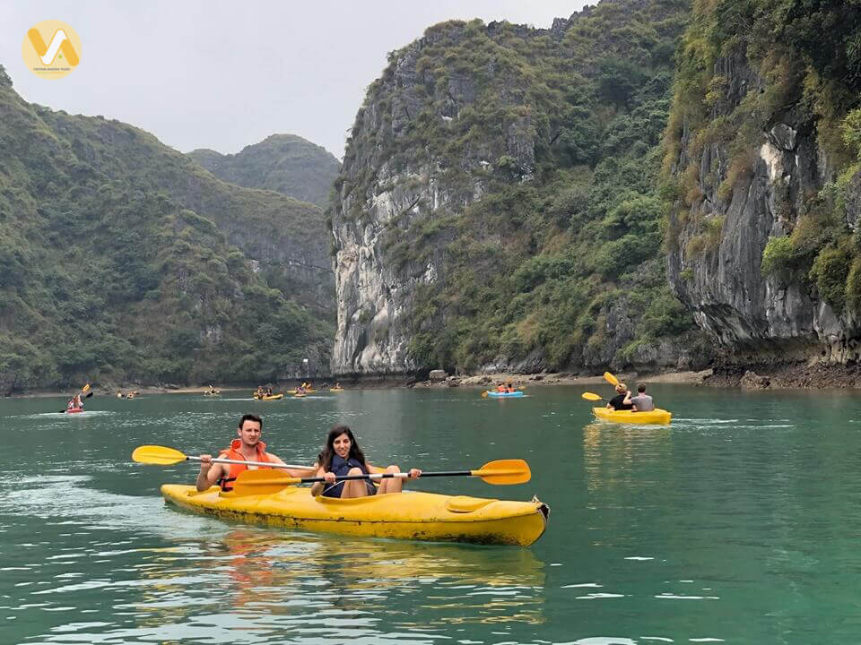 amazing-vietnam-7-days-halong-bay-kayaking-2.jpeg
