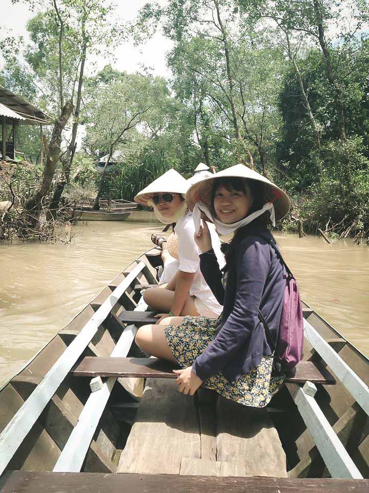 cai-be-floating-market-vinh-long-one-day-tour-4.jpeg