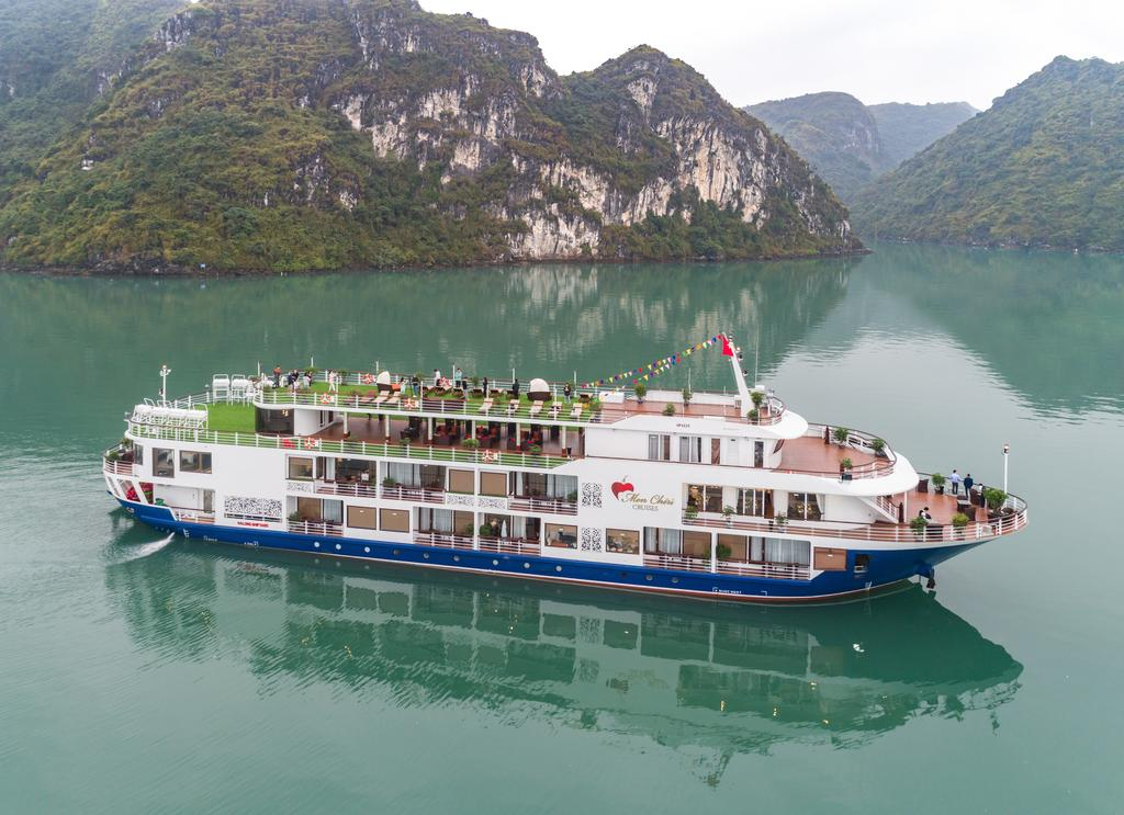 halong-bay-mon-cheri-cruise-3