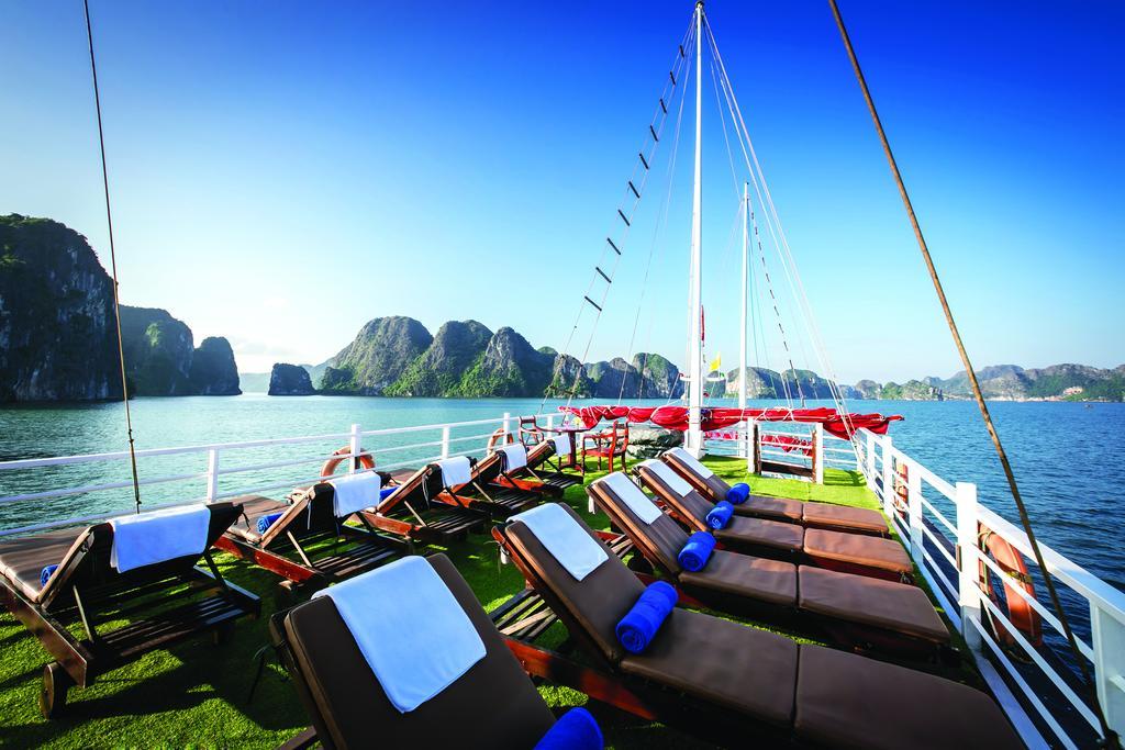 halong-gray-line-cruise-10.jpeg