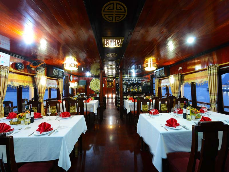 halong-imperial-legend-cruise-restaurant-1.jpeg