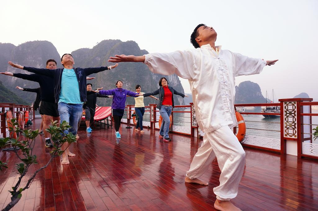 halong-oriental-sail-cruise-18.jpeg