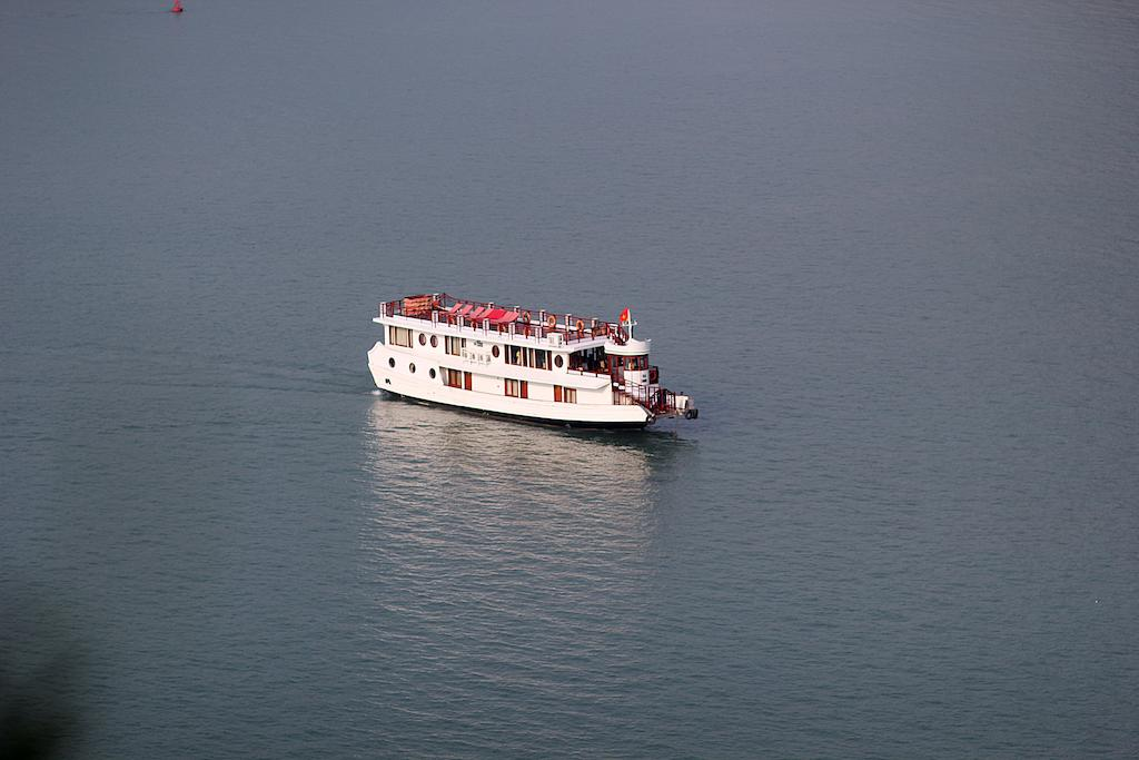 halong-oriental-sail-cruise-6.jpeg