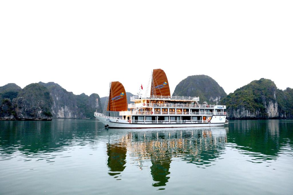 halong-unicharm-cruise-1