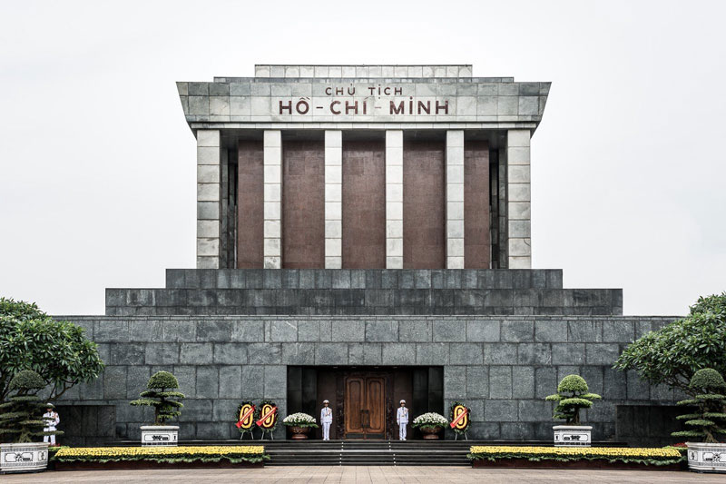 hanoi-city-tour-ho-chi-minh-mausoleum.jpeg