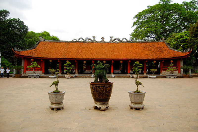 hanoi-city-tour-temple-of-literature-3.jpeg