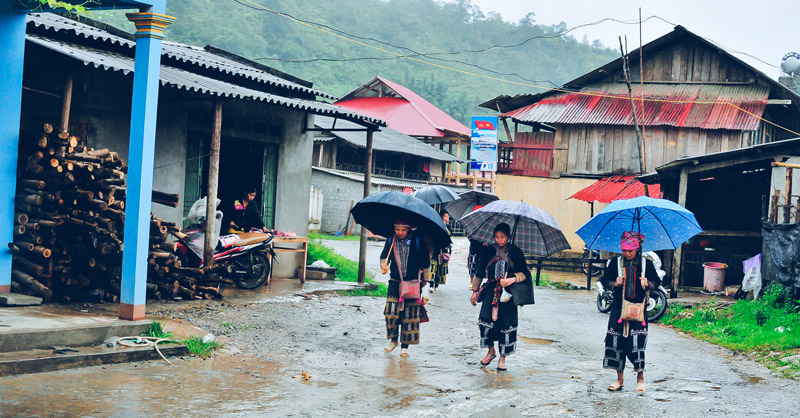 sapa-3-days-2-nights-by-bus-trekking-5.jpeg
