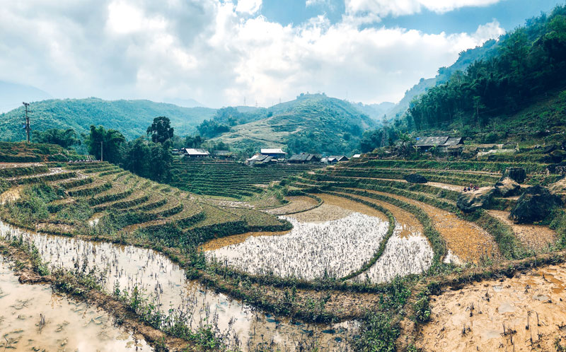 sapa-3-days-2-nights-by-bus-trekking-7.jpeg
