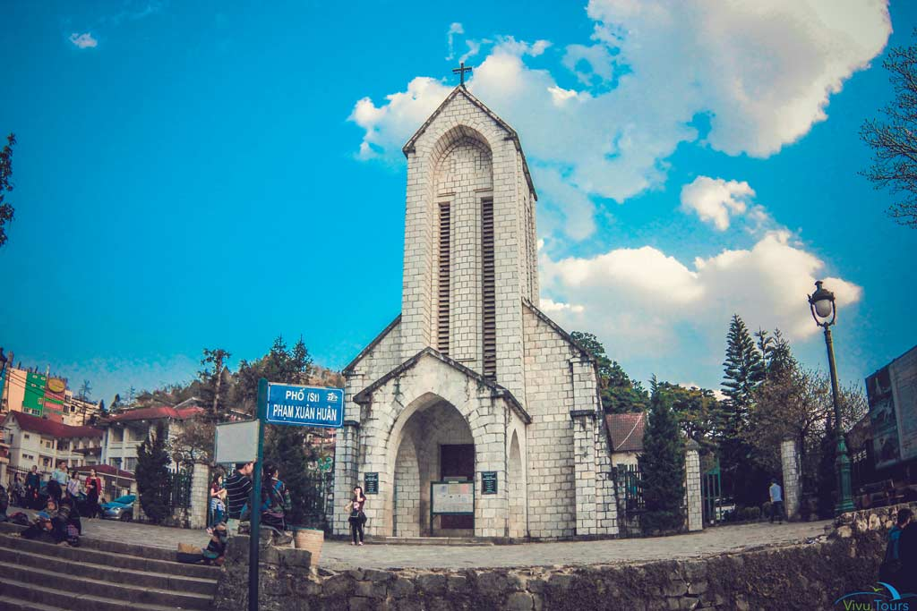 sapa-tours-church.jpeg