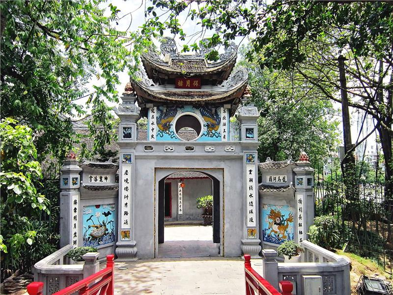 vietnam-tours-7-days-ngoc-son-temple-hanoi.jpeg